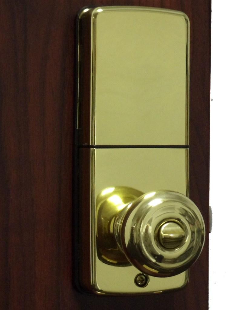 ... Lockey E 930R Bright Brass Inside