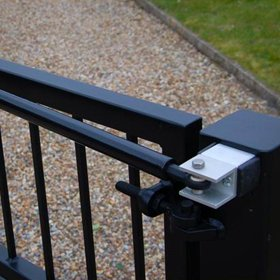 Hydraulic Gate Closers